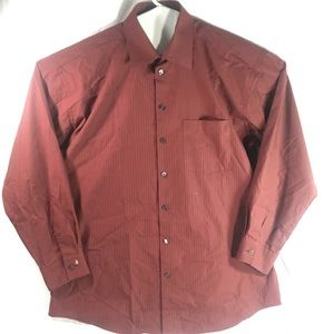 Kenneth Cole reaction burgundy L Button up